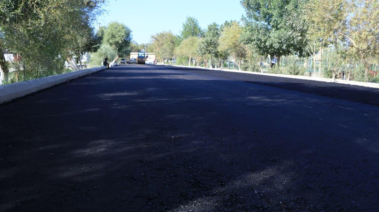 Shımbay orayındaǵı  bir neshe kósheler asfaltlandı